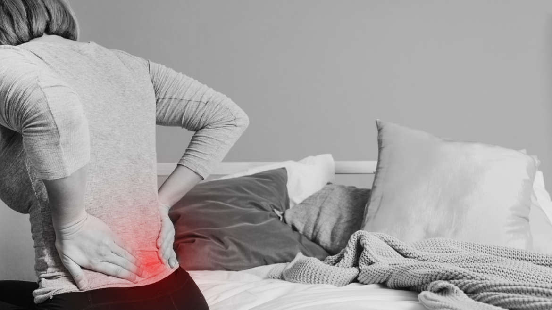 Você sofre com dores nas costas? Conheça os sintomas da lombalgia